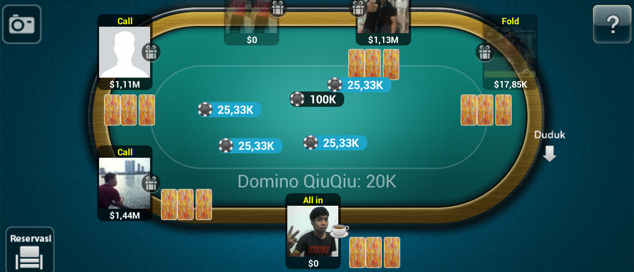 The Advantages Of Online Poker